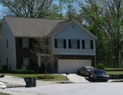 Pre-Foreclosure - Valley Creek Dr - Lithia Springs, GA