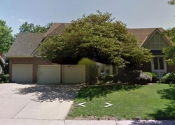 Pre-Foreclosure - High Dr - Leawood, KS