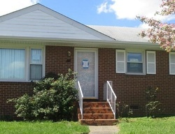 Pre-Foreclosure - Meadowspring Rd - Richmond, VA