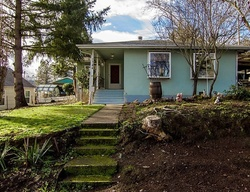 Pre-Foreclosure - Nw Estelle St - Roseburg, OR