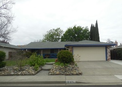Riverdale Ave, Vacaville CA