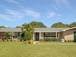 Pinetree Dr, Fort Pierce FL