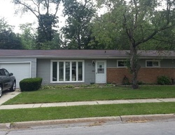 Pre-Foreclosure - Shabbona Dr - Park Forest, IL