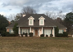 Pre-Foreclosure - Oak Trl - Canton, MS