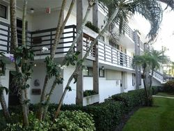 Pre-Foreclosure - Sw Palm City Rd Apt 6310 - Stuart, FL
