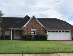Kindlewood Dr, Southaven MS