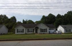 Amberly Rd, Rex GA