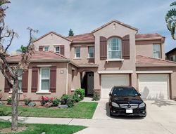 Pre-Foreclosure - Hollinwood - Irvine, CA