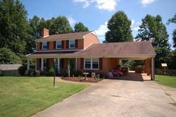 Oakleigh Ave, Appomattox VA