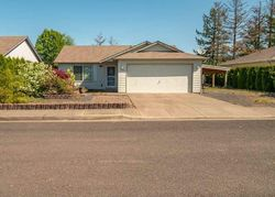Pre-Foreclosure - Live Oak St - Sweet Home, OR