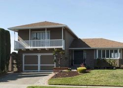Pre-Foreclosure - Phaeton Dr - Oakland, CA