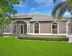 Pre-Foreclosure - Springlake Cir - Estero, FL