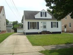 Corkhill Rd, Maple Heights OH