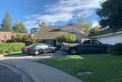 Pre-Foreclosure - Magnolia Ct - Kingsburg, CA