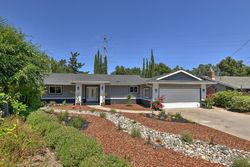 Lyons Ct, Saratoga CA