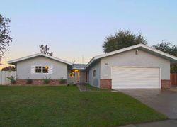 N Laureen Ave, Fresno CA