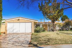 Pre-Foreclosure - Dewdrop Ave - Canyon Country, CA