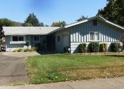 Pre-Foreclosure - Ne 10th St - Grants Pass, OR
