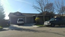 S Apple Ave, Reedley CA