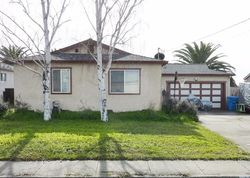 Pre-Foreclosure - W Carolyn Dr - American Canyon, CA