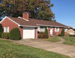Pre-Foreclosure - Mayflower Dr - Uniontown, PA