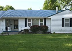 Pre-Foreclosure - W Roosevelt St - Knoxville, IA