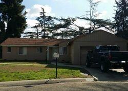 Phillips Cir, Porterville CA