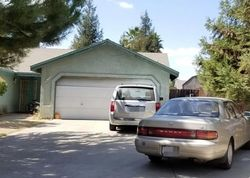 Pre-Foreclosure - N Ventura Ave - Farmersville, CA