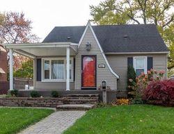 Pre-Foreclosure - Helen St - Trenton, MI