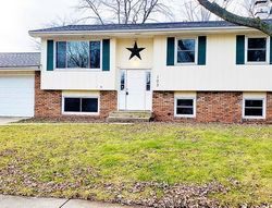Pre-Foreclosure - S Bayberry Ct - Bloomington, IL