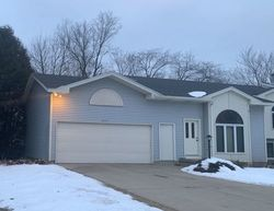 Pre-Foreclosure - Arroyo Vista Dr Ne - Rockford, MI
