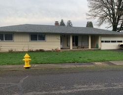 Pre-Foreclosure - Columbia Blvd - Saint Helens, OR