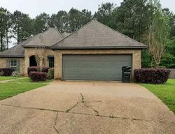 Pre-Foreclosure - Richmond Way - Canton, MS