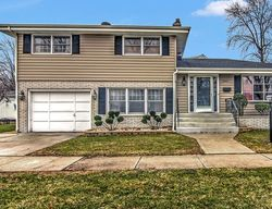 Pre-Foreclosure - 180th St - Lansing, IL