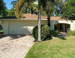 Eichen Cir W, Fort Myers FL