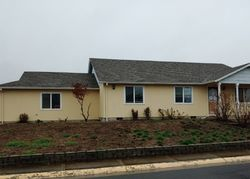 Pre-Foreclosure - Hawk Dr - Central Point, OR