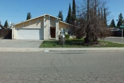 W Harter Ave, Visalia CA
