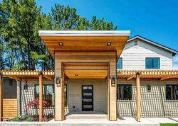 Pre-Foreclosure - Hillcrest Dr - Orinda, CA