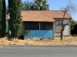 Walnut St, Armona CA