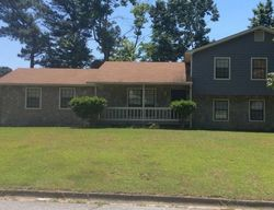 Pre-Foreclosure - N Cumberland Cir - Riverdale, GA