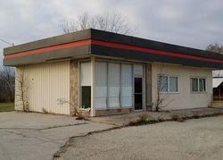 Interstate Dr, Saint Elmo IL