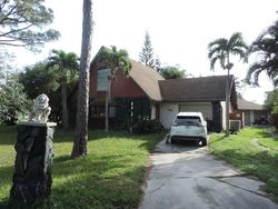 Pre-Foreclosure - Se Orange Blossom Trl - Hobe Sound, FL