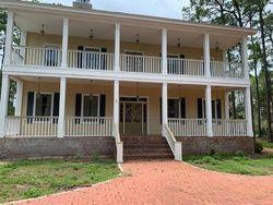 Pre-Foreclosure - Magnolia Bay Dr - Eastpoint, FL
