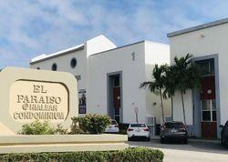 W 76th St , Hialeah FL