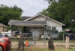 N Dwight Ave, Dallas TX