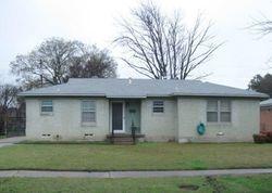 Laurel St, Lancaster TX