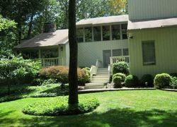 Hedge Brook Ln, Stamford CT