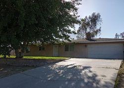 Llanada Ave, Victorville CA