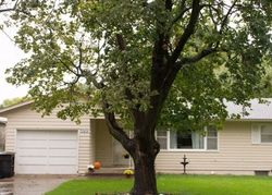 Pre-Foreclosure - W Perry St - Papillion, NE