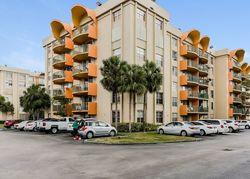 Fontainebleau Blvd , Miami FL